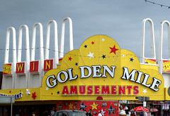 Golden Mile at Blackpool (Tony Worrall) Tags: blackpool resort place england english north northwest visit county town area northern location lancs lancashire uk fylde fyldecoast coastal tour country welovethenorth architecture building ornate gaudy goldenmile amusements arches fun games nw update attraction open stream item greatbritain britain british gb capture buy stock sell sale outside outdoors caught photo shoot shot picture captured ilobsterit instragram