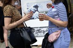 streetphotography _DSC4646-105ND800 (horstg1) Tags: streetphotography beakers artwork marketplace conversation