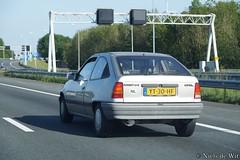 1990 Opel Kadett 1.4 i (NielsdeWit) Tags: nielsdewit car vehicle yt30hf opel kadett e 14 14i c14nz hatchback driving a12 highway