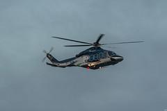 (susocl1960) Tags: helicoptero vuelo cielo azul