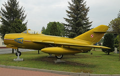 403 Lim-2 Polish Air Force Bydgoszcz 17th May 2019 (michael_hibbins) Tags: 403 lim2 polish air force bydgoszcz 17th may 2019 europe european poland eastern jets gate gaurdians gaurd stored wrecks wreck relics relic jet cis