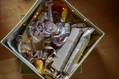 Kingitus noorele neiule (anuwintschalek) Tags: nikond7200 40mm micronikkor austria niederösterreich wienerneustadt kevad frühling spring may 2019 kodu home kingitus present giftbox geschenk geschenkbox ükssarv einhorn unicorn bywanda forsteffi pakend verpackung verpackt karp kingikarp box schachtel fairylights