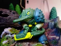 Kayman (ridureyu1) Tags: alligator megantik animalwarrior cyborg italiantoys toy toys actionfigure toyphotography sonycybershotsonycybershotdscw690