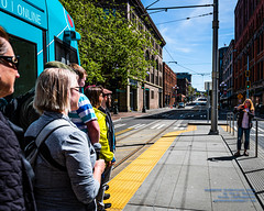Back at the Group Photographer (AvgeekJoe) Tags: 1835mmf18dchsm d7500 dslr firsthillstreetcar kingcounty nikon nikond7500 seattle seattlestreetcar sigma1835mmf18 sigma1835mmf18dchsmart sigma1835mmf18dchsmartfornikon sigmaartlens usa washington washingtonstate masstransit publictransit publictransportation streetcar tram urbanrail