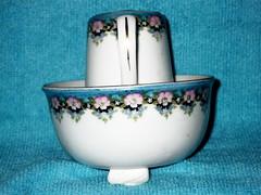 Mini Souvenir Pitcher and Basin, Front Street, Sarnia, ON (snap-happy1) Tags: sarnia lambton county ontario canada souvenir pitcher basin front street ceramics