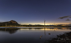 Twilight on Moogerah (Beth Wode Photography) Tags: moorgerahdam dam lake twilight sunset sundown stars mtalford deadtrees water mud moogerahtwilight beth wode bethwode scenicrim boonah