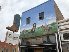 San Angelo, Texas (jericl cat) Tags: sanangelo texas mercer boots neon sign