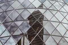Fragment (FButzi) Tags: london londra uk skyscraper reflection pattern sky clouds lines