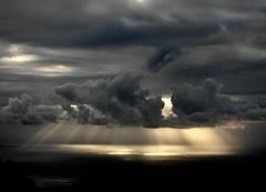 Celestial Spot (Faapuroa) Tags: spot light sunset nuage cloud lumière projecteur ciel sky nikon p1000 coolpix