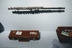 Ian Anderson Flute (edenpictures) Tags: playitloud instrumentsofrockroll metropolitanmuseumofart themet exhibit exhibition show musicalinstrument flute jethrotull