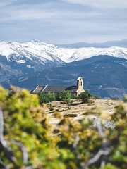 Spring in the pyrenees (valentin.engels) Tags: spain pyrenees pyrenäen puigcerda mountains snow church tree