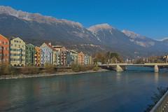 Innsbruck-2019_02 (rhomboederrippel) Tags: rhomboederrippel fujifilm xe1 november 2018 europe austria tyrolia innsbruck clearsky blue river inn bridge alps mountains city house nordkette