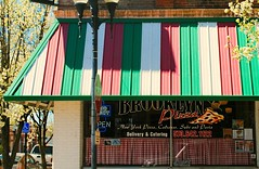 Brooklyn Pizza - Fulton, Missouri (Cragin Spring) Tags: midwest unitedstates usa unitedstatesofamerica missouri mo restaurant awning window pizza brooklynpizza fulton fultonmo fultonmissouri