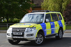 WV17 MXA (S11 AUN) Tags: greater manchester police gmp mitsubishi shogun 4x4 anpr armed response arv firearms support unit fsu airport traffic car roads policing rpu motor patrols tns trafficnetworksystem 999 emergency vehicle wv17mxa