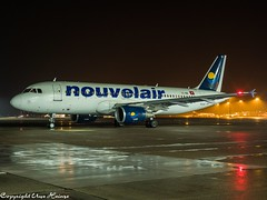 Nouvelair TS-INB HAJ at Night (U. Heinze) Tags: aircraft airlines airways airplane planespotting plane olympus penf 1240mm flugzeug night airport haj hannoverlangenhagenairporthaj eddv