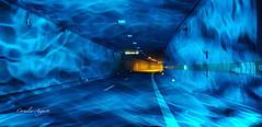 Licht und Farbe.. (cornelia_auguste) Tags: tunnel corneliaauguste colour düsseldorf deutschland einzigartigkeit rheinufertunnel farbenspiel farben germany geburtstag 25 illumination jahrfeier kreativ lichtstimmung light lichtstrahlen nrw nikon licht