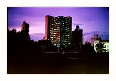 (Miguel E. Plaza) Tags: olympustrip35 olympus trip35 streetphotography analogphotography film filmcamera pointandshoot ishootfilm fujifilm fuji fujicolorc200 fujifilmc200 fujisuperia400