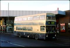 3033 F33 XOF ((Stop) The Clocks) Tags: wmpte wmt 3033 dudley mcwmetrobus f33xof westmidlandstravel travelwestmidlands christmas1998 mcw winter
