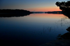 Dead calm. (Papa Razzi1) Tags: deadcalm may 2019 waters sunset lurking scary silent still sweden theprestige offduty