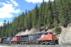 CN 2927 & CN 2886 (jc nadeau) Tags: cn 2927 2886 cnr canadian national rail railroad railway trains train coal ac es44ac moose lake bc alberta 766