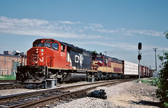 CN 5271 in Franklin Park, Illinois on June 10, 2000. (soo6000) Tags: sd402w emd franklinpark illinois 176 freight manifest trackagerights wisconsincentral cn cn5271 5271 towerb12 train railroad