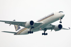 Singapore Airlines A350-900 9V-SMF landing SIN/WSSS (Jaws300) Tags: special colours colors paintjob paintscheme stickers cs a359 a350 a350900 airbus 9vsmf rr trent xwb rrtrent rrtrentxwb trentxwb specialcolours specialcolors specialcs specialpaintjob 10000th 10000thairbusaircraft singaporechangiairport singaporeairlines changiairport canon5d finalapproach shortfinal rolls royce airlines air landing sin wsss airline asian asia approach approaching 5d canon eos airways singapore changi airport final short sky airplane aircraft jet sq sia mf beacon