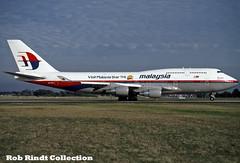 Malaysian Airlines B747-4H6 9M-MPE (planepixbyrob) Tags: malaysia malaysiaairlines mas boeing 747 747400 9mmpe jumbojet retro kodachrome melbourne ymml