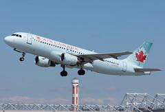 C-FKCO Air Canada A320 (twomphotos) Tags: plane spotting yul cyul 24l rwy 06r air canada airbus a320