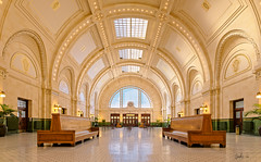Union Station, Seattle (g-liu) Tags: usa washington seattle downtown trainstation unionstation arches architecture windows symmetry warm perspective wideangle panorama ceiling hdr sony a6500 hugin darktable gimp station beauxarts