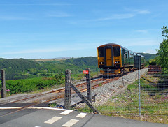 150265 Sandways Crossing (1) (Marky7890) Tags: gwr 150265 2g69 class150 sprinter calstock sandwayscrossing railway cornwall tamarvalleyline train