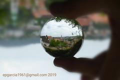 Cesky Krumlov (eugenioperegringarcia) Tags: ceskykrumlov repúblicacheca medieval bola cristal glassballs crystalball