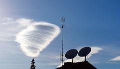 Tres antenas y un nubon (enrique1959 -) Tags: martesdenubes martes nubes nwn soria castillayleon españa europa