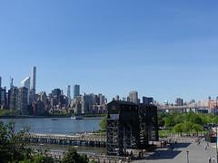 201905124 New York City Midtown, Queens, East River and Roosevelt Island (taigatrommelchen) Tags: 20190520 usa ny newyork newyorkcity nyc manhattan uppereastside rooseveltisland river eastriver island bridge sky icon city skyline