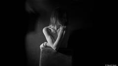 Manon (BenoitGEETS-Photography) Tags: manon d610 nikon tamron 2470 bn bw nb noiretblanc shooting shadow