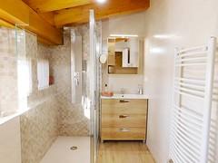 Baño, Ducha Hidromasaje. (brujulea) Tags: brujulea casas alquiler tubilla del lago burgos apartamentos ribera duero crianza bano ducha hidromasaje