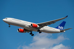 LN-RKT SAS Scandinavian Airlines Airbus A330-343 (Lin.y.c) Tags: lnrkt sas scandinavian airlines airbus a330343 scandinavianairlines a330 a330300 aviation airplane chicago ohare ord kord