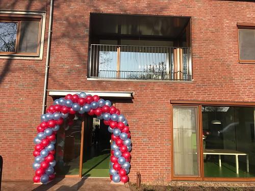 Ballonboog 6m Opening Heppie (t)huis Geldrop voor het vergeten kind