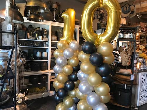 Ballonpilaar Breed Folieballon Cijfer 10 Thuis bij Gerda Groot Ammers