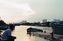 000029570006 (vuphone0977) Tags: vietnam fujifilm200 takuma 55f18 saigon sàigòn streetlife mylife cafe2fone