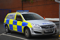 PO61 EWX (S11 AUN) Tags: lancashire constabulary vauxhall astravan astra estate dogvan police dog section policedogs dogsupportunit dsu response 999 emergency vehicle po61ewx
