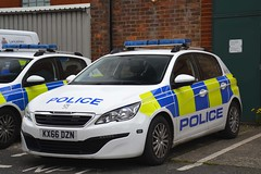 KX66 DZN (S11 AUN) Tags: lancashire constabulary peugeot 308 hdi police panda car incident response vehicle irv patrol 999 emergency kx66dzn