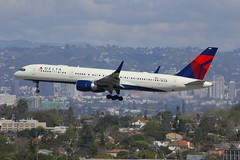 B757 N688DL Los Angeles 28.03.19 (jonf45 - 5 million views -Thank you) Tags: airliner civil aircraft jet plane flight aviation lax los angeles international airport klax airlines boeing delta air lines 757 n688dl