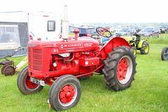 International McCormick W4 Tractor (SR Photos Torksey) Tags: woodhall spa show agriculture vintage classic tractor farm 2019 international mccormick w4