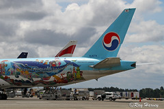 HL8274 (320-ROC) Tags: koreanair korean koreanairlines kal hl8274 boeing777 boeing777300 boeing777300er boeing7773b5er boeing 777 777300 777300er 7773b5er b77w ksea sea seattletacomainternationalairport seattletacomaairport seatac seattle