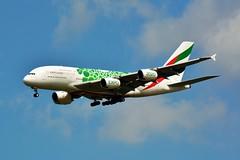 "(CDG) Emirates Aibus A380-861  A6-EEW"" Expo 2020 livery""Landing runway 27R (dadie92) Tags: cdg lfpg roissy airbus a380 a380861 emirates expo2020 speciallivery spotting landing airplane aircraft nikon d7100 sigma tamron danieldanel"