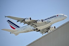 Air France 2013 Airbus 380 F-HPJI c/n 115 departing San Francisco Airport 2019. (17crossfeed) Tags: airfrance fhpji 115 sanfranciscoairport sfo airbus 380 380800 airport aviation aircraft airplane pilot planes planespotting plane sfoov southwestairlines claytoneddy 17crossfeed landing lufthansa tower takeoff taxi