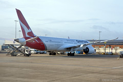 LHR - Qantas Airways (VH-ZNB) (rivarix) Tags: qantasairways qf oneworld lhr londonheathrowairport londonunitedkingdom uk airline airways aircraft airplane jetplane jetengine fuselage tail wings verticalstabilizer widebodyaircraft twinaisleplane boeingb787900 b787 b789