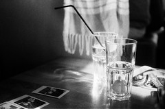 Drinks (Gwenaël Piaser) Tags: luxembourg luxemburg luxemburgo lussemburgo lëtzebuerg contax contaxs2 manual reflex analog photography argentique 135 24x36 fullframe slr yashica contaxs260year contaxs260yearsedition s2 vintage 45mmtessar tessar 45mm pancake zeiss zeisstessar45mm carlzeisstessar2845t carlzeiss contaxtessart45mmf28 carlzeisstessar45mmƒ28t glass verres drinks glasses ilford delta 3200 ilforddelta3200 negative film negatif 3200iso iso3200 3200asa blackandwhite monochrome wb nb bw noiretblanc paille straw pictures picturesinpicture transparancies