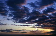 Sunset over the Tihany Peninsula (soul.tan) Tags: canon eos 3 1740mm f4 l fuji velvia 100 rvp100 sunset sundown colorful high clouds cloudscape konica minolta dimage scan elite 5400
