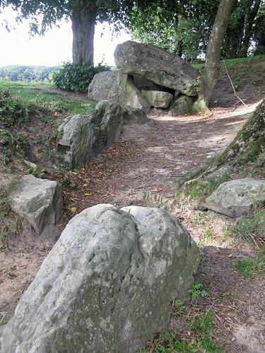 Fresnicourt-le-Dolmen (Table des Fées) • 5103